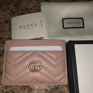 GG Marmont Matelassé Leather Card Case